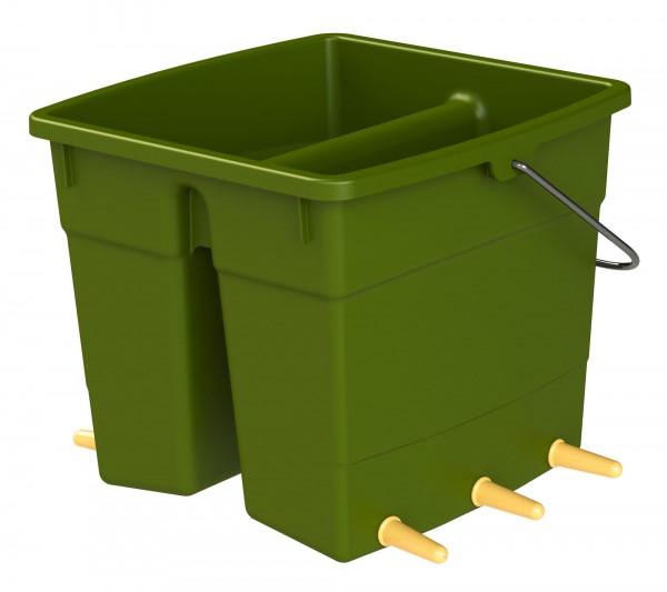 Lammeimer für die Fütterung von bis zu 6 Lämmern, 2 x 5 Liter portioniert, mit schrägem Boden für restloses Entleeren
