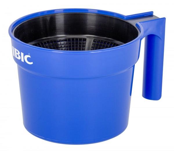 Vormelkbecher aus Kunststoff mit Anti-Spritz-Siebeinsatz