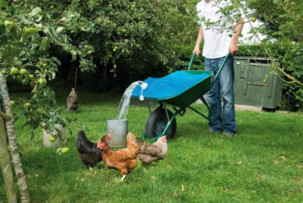 Wasserbehälter für die Schubkarre, praktisch, einfach Wasser transportieren