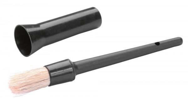Hufpinsel mit Kappe, praktisch und sauber bei der Anwendung bzw. Aufbewahrung
