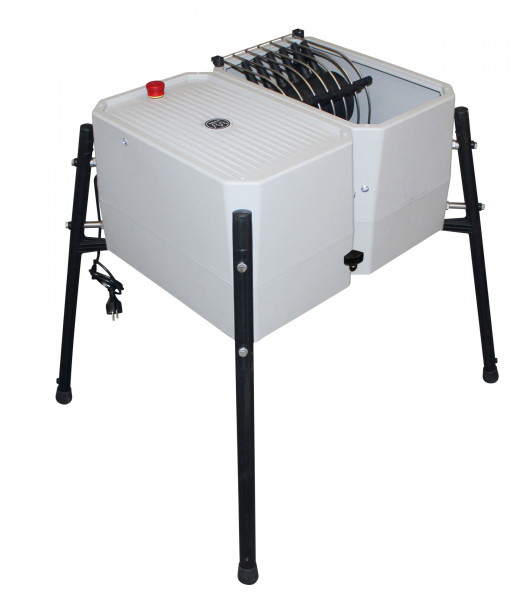 Rupfmaschine für Geflügel, rupft ca. 80 Hühner in der Stunde